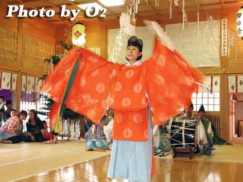 平成20年 北海道 鹿部町 鹿部稲荷神社宵宮祭 松前神楽 鈴上舞