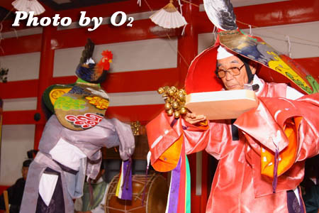平成21年 函館市 大森稲荷神社 本祭 松前神楽 二羽散米舞
