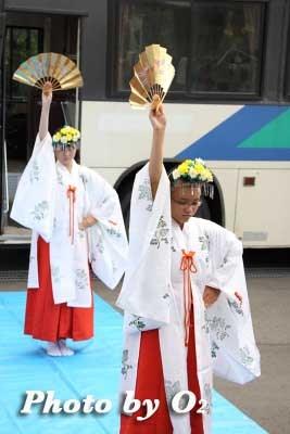 平成22年 美瑛町 美瑛神社渡御祭 巫女 浦安の舞
