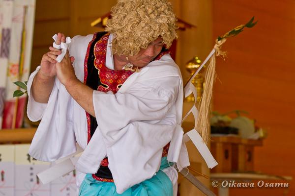 鹿部稲荷神社 2013本祭 山神舞