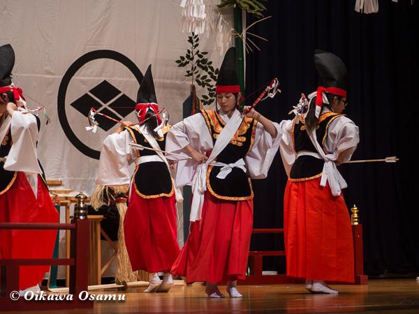 松前神楽小樽ブロック保存会合同公演 2013 京極町 瀬棚 四箇散米舞
