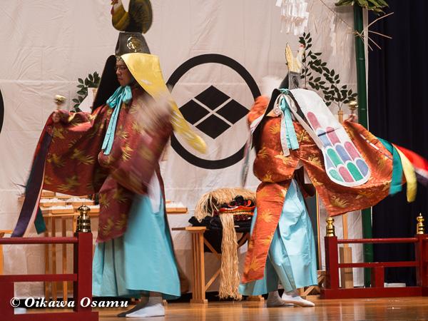 松前神楽小樽ブロック保存会合同公演 2013 京極町 寿都 二羽散米舞