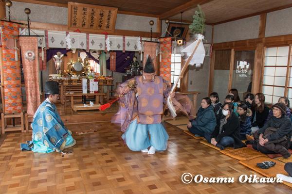 清部八幡神社 松前神楽 榊舞