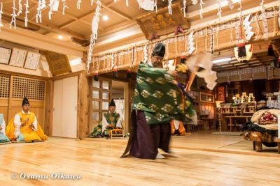 平成28年 尻岸内八幡神社 鎮座400年祭 松前神楽 榊舞