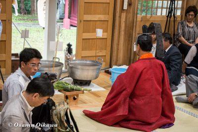 平成28年 尻岸内八幡神社 鎮座400年祭 松前神楽 直会祭 鎮釜湯立式