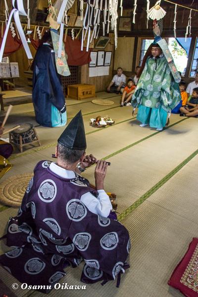 北斗市 文月稲荷神社 松前神楽 52年ぶり 二羽散米舞