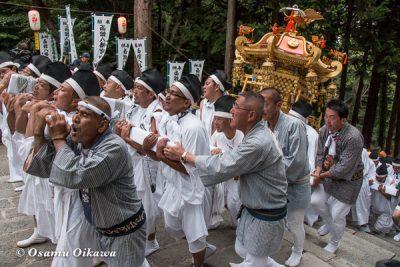 函館八幡宮 大神輿の石段かけのぼり 平成28年 2016
