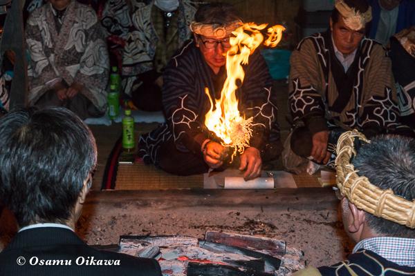 H29 新ひだか町 イチャルパ 先祖供養祭 イナウを燃やす