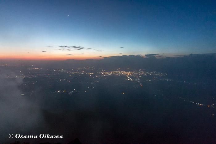 平成29年 青森県弘前市 お山参詣 岩木山にて 頂上 朝焼け