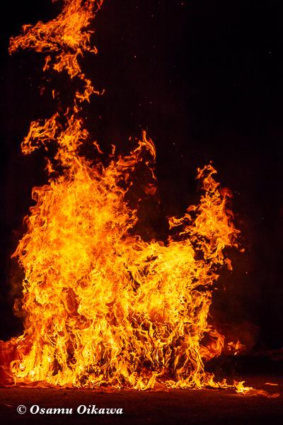 平成30年 美国町 美国神社 例大祭 火渡り 炎