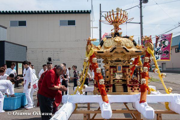 平成30年 古平町 琴平神社 例大祭 渡御祭 神輿前の神事02
