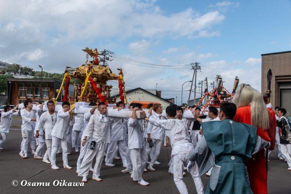 平成30年 古平町 琴平神社例大祭 二日目 渡御祭 雨上がり 猿田彦 神輿 もみ