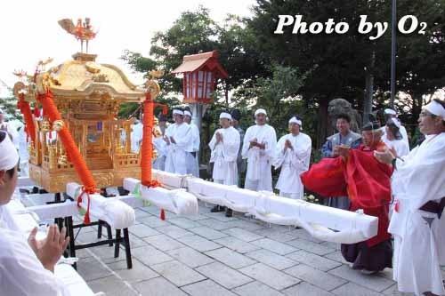 平成22年 今金町 今金八幡神社渡御祭 神輿が拝殿前に戻る