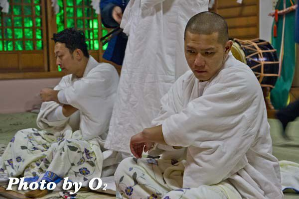 平成24年 木古内町 佐女川神社 寒中みそぎ祭 参籠報告祭 拝殿にて