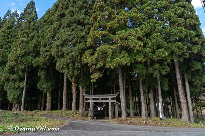 平成30年 秋田県 横手市 保呂羽山波宇志別神社神楽殿 鳥居