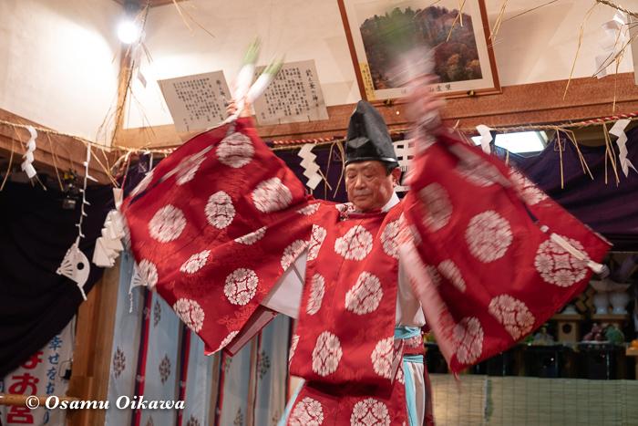 成30年 秋田県 横手市 保呂羽山波宇志別神社里宮 拝殿 霜月神楽 湯加持