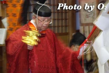 平成22年 北斗市 上磯八幡宮 春の祈年祭 松前神楽 榊舞